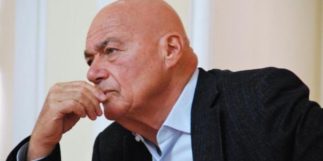 Приостановление Евросоюзом визовых переговоров отбрасывает Россию далеко назад