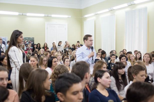 Владимир Познер в МИТРО