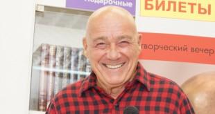 """Владимир Познер: """"Ненормально – не любить свою страну, ненормально не любить свою мать"""""""