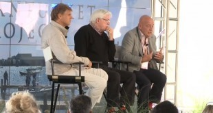 """Spacebridge 2013"" - Phil Donahue and Vladimir Pozner"