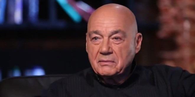 Владимир Познер: «Мог ли Горбачев устоять? Мог, конечно. Как просил его один слесарь, он мог «ударить по штабам»