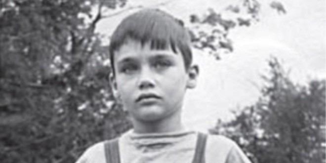 """Владимир Познер: """"В зависимости от обстоятельств и окружения ребенок способен мгновенно повзрослеть"""""""