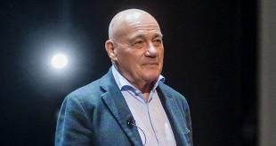 """Владимир Познер: """"Перед поездкой в Минск я боялся, что не будет контакта с залом"""""""