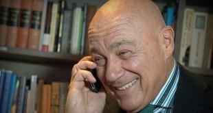 """Владимир Познер: """"Лучше смеяться, чем плакать"""""""
