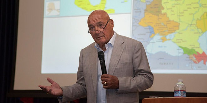 Vladimir Pozner shares candid views on U.S.-Russia relations