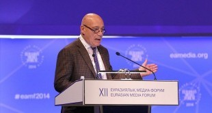 """Владимир Познер: """"Когда человек у власти столько лет, сколько Назарбаев..."""""""