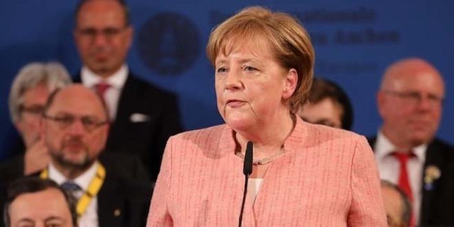 Владимир Познер: Слова Меркель меня и обрадовали, и обнадежили